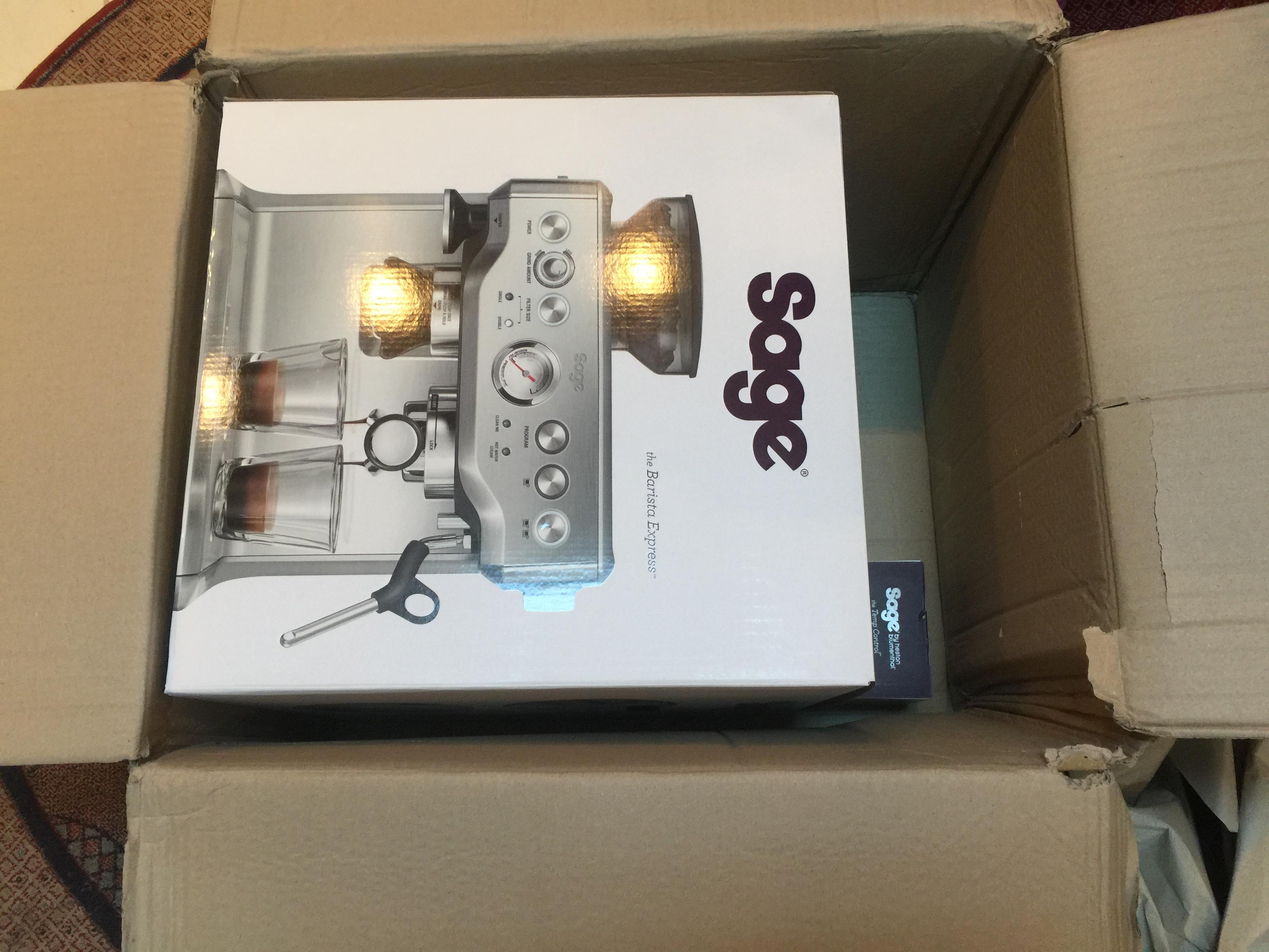 تجربة شراء مكينة قهوة Sage SES875BTR2GUK1 Barista Express Black Truffle3