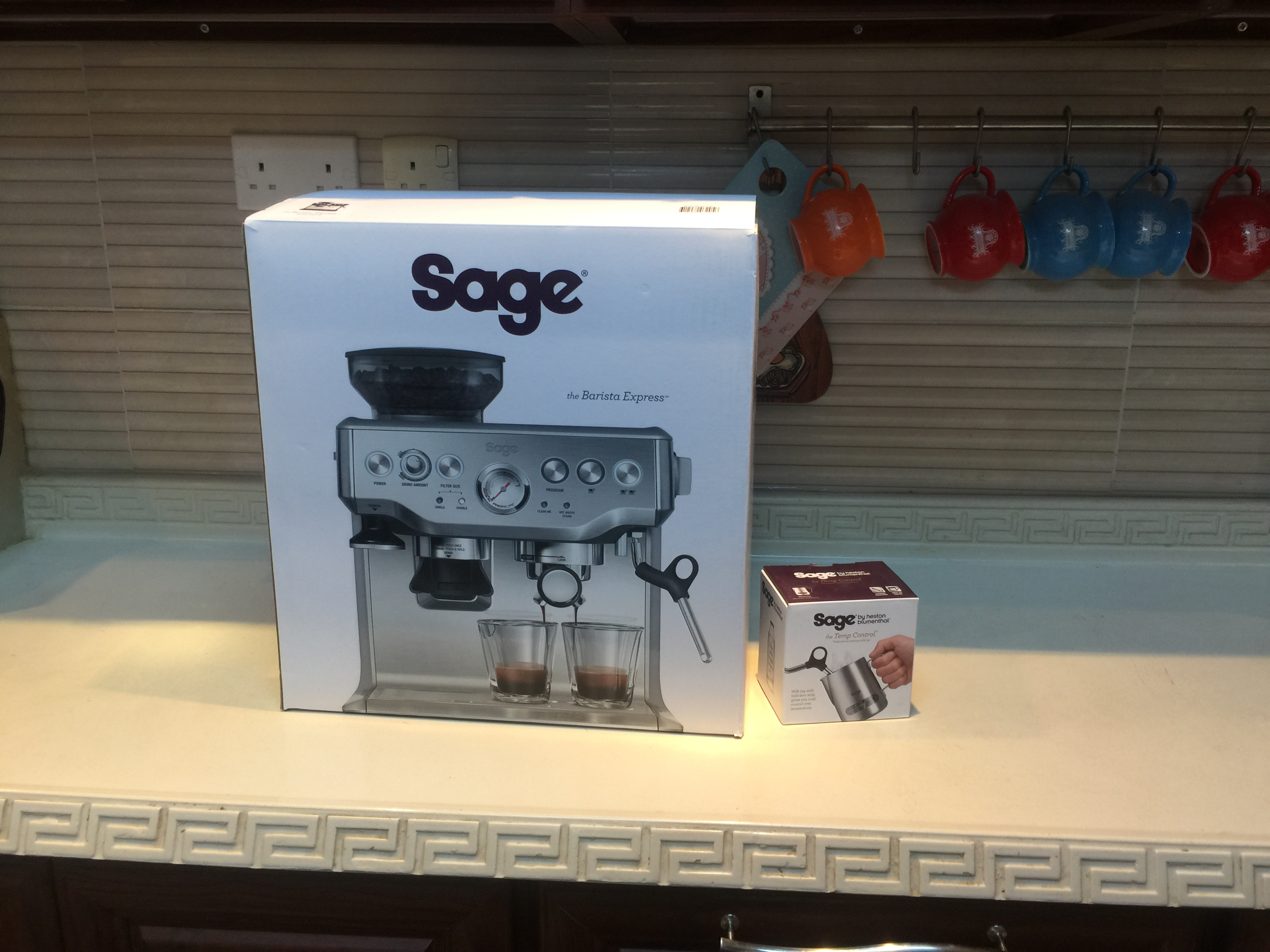 تجربة شراء مكينة قهوة Sage SES875BTR2GUK1 Barista Express Black Truffle4