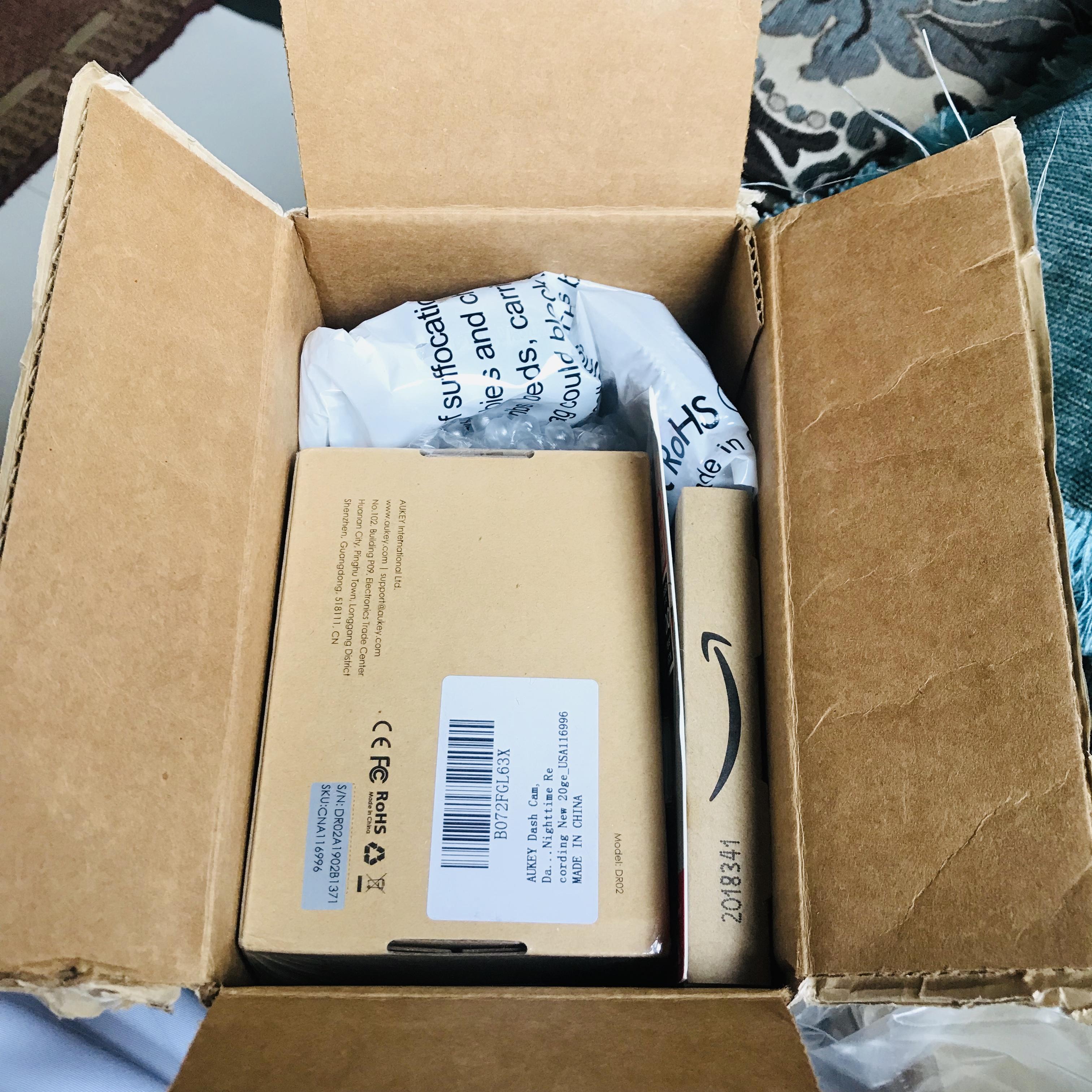 تجربة شراء كاميرة لتسجيل حوادث السيارات من موقع أمازون Amazon2